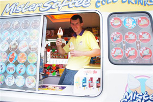 Ice Cream van for hire and catering in Oxfordshire, Gloucestershire, Buckinghamshire, Warwickshire counties of UK.